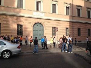 vatican tour sales people