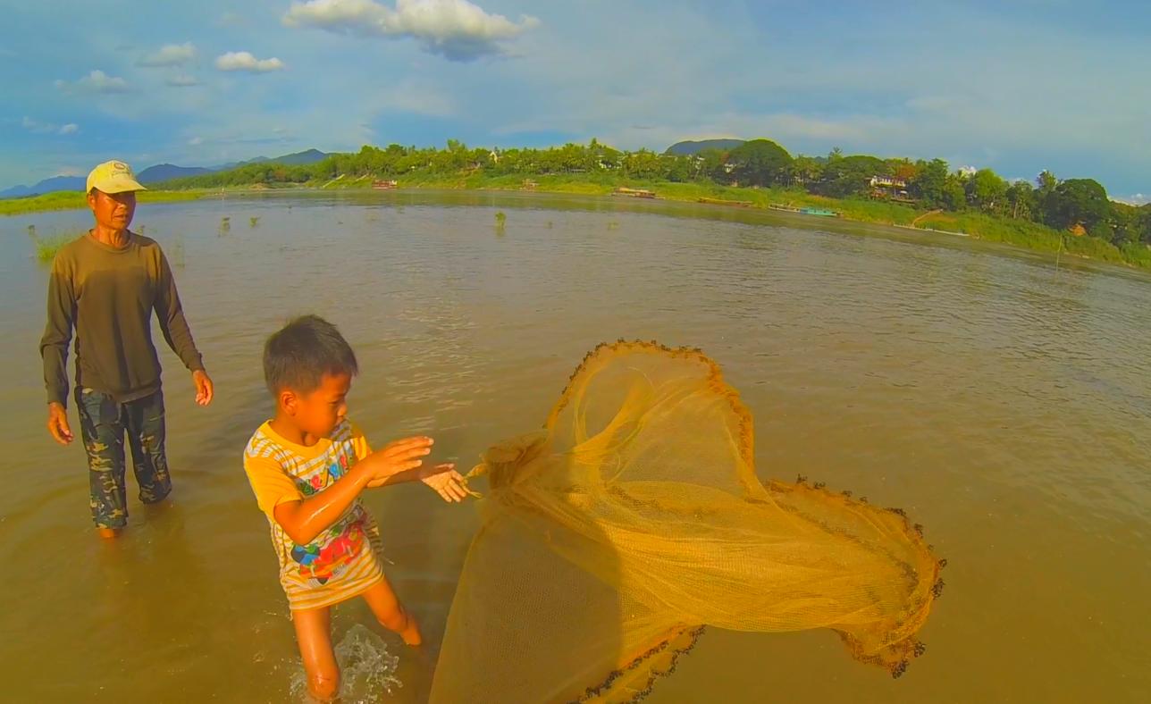 Fishing in Laos