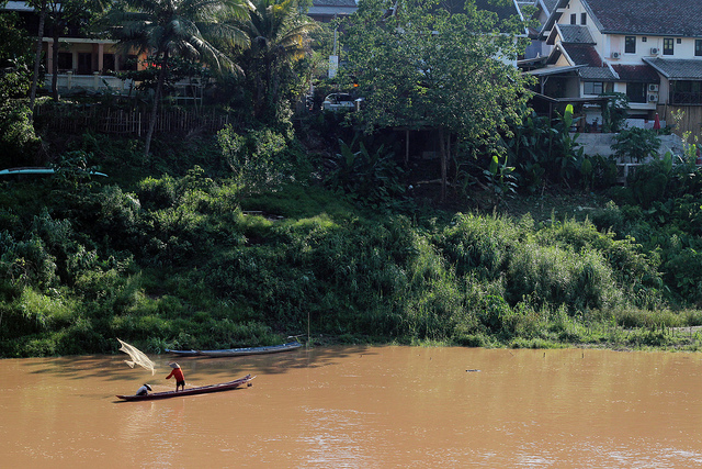http://www.anywhere-but-home.com/my-summer-plans-employed-in-luang-prabang/