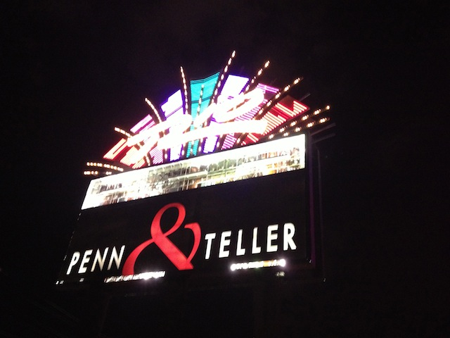 penn and teller sign