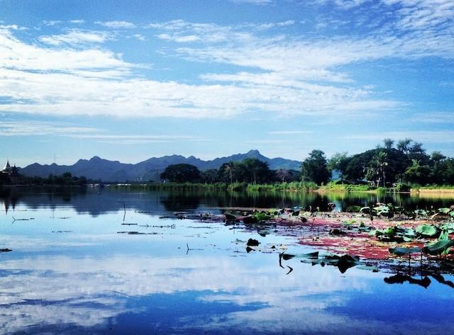 beautiful river kanchanaburi