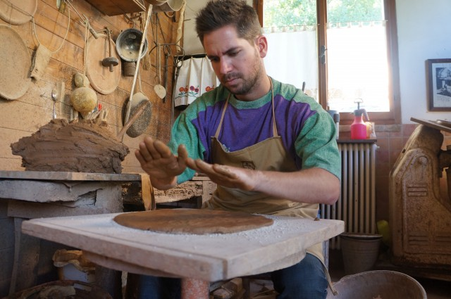 clay pan making