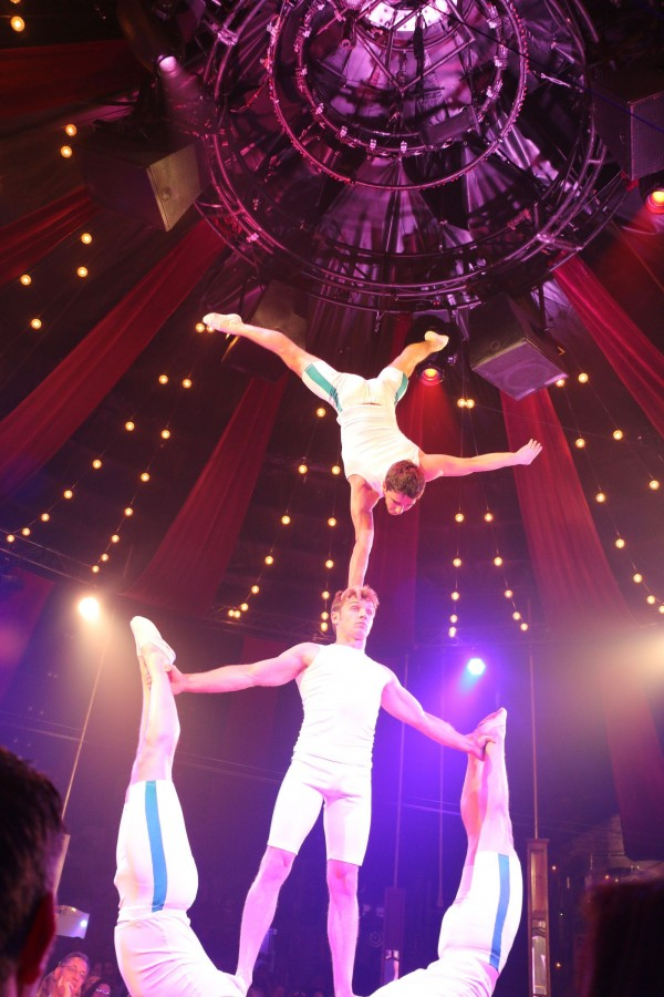 Absinthe acrobats apparently from Ukraine