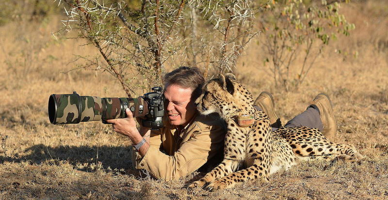 what makes a great wildlife photographer around the world in 80 jobs