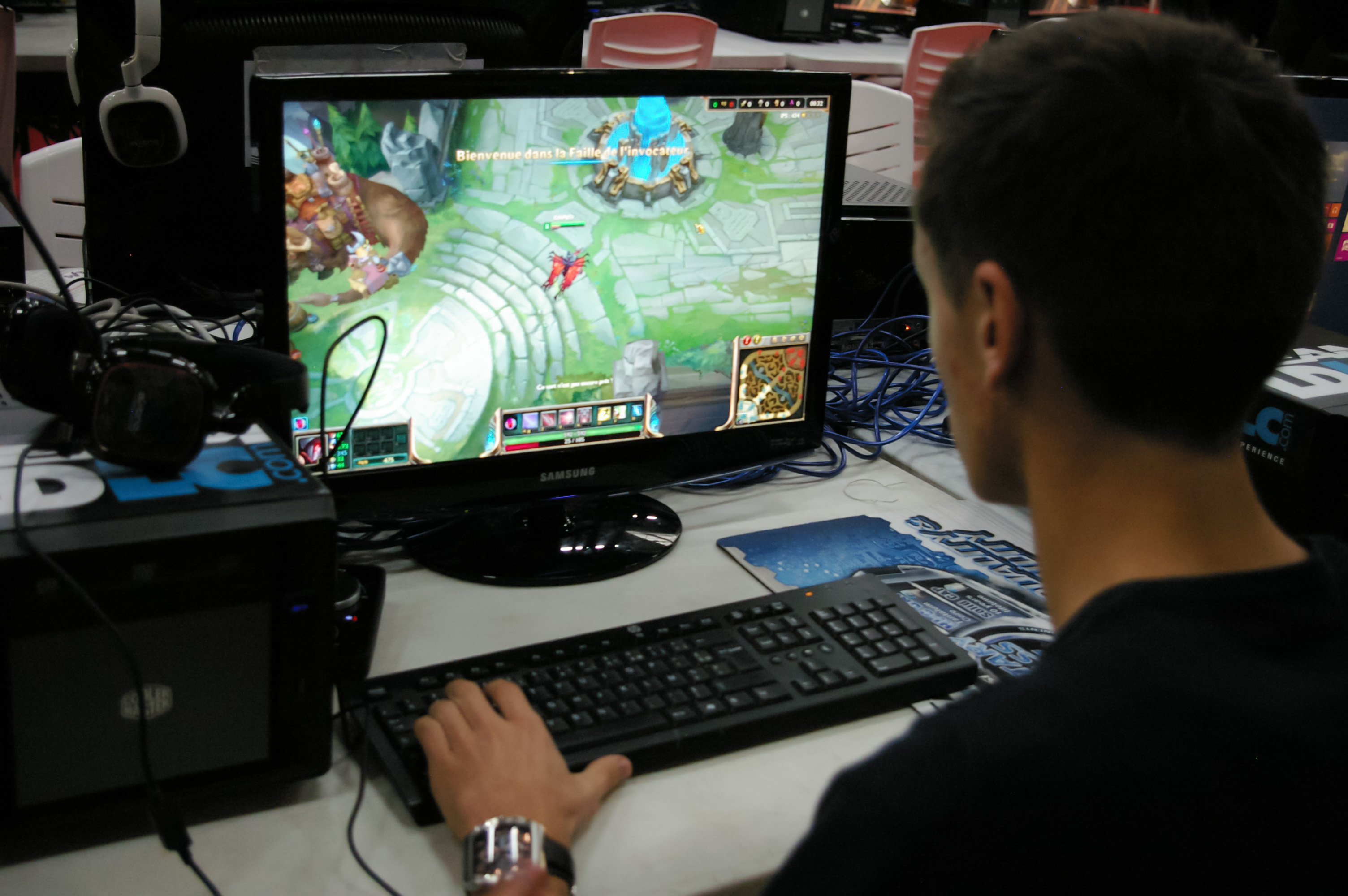 traveling for gamers top destinations around the world in 80 jobs
